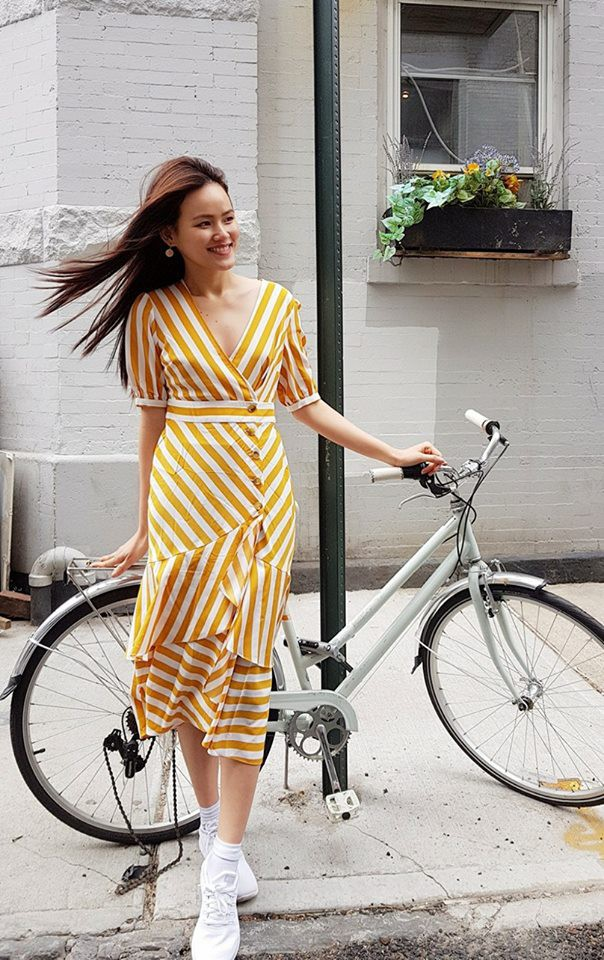 Học theo Kate và Meghan, các người đẹp Việt cũng đang diện váy áo vàng tươi chói lòa - Ảnh 14.