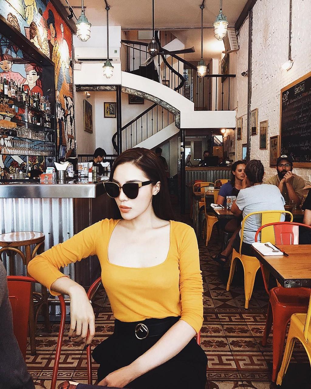 Học theo Kate và Meghan, các người đẹp Việt cũng đang diện váy áo vàng tươi chói lòa - Ảnh 4.