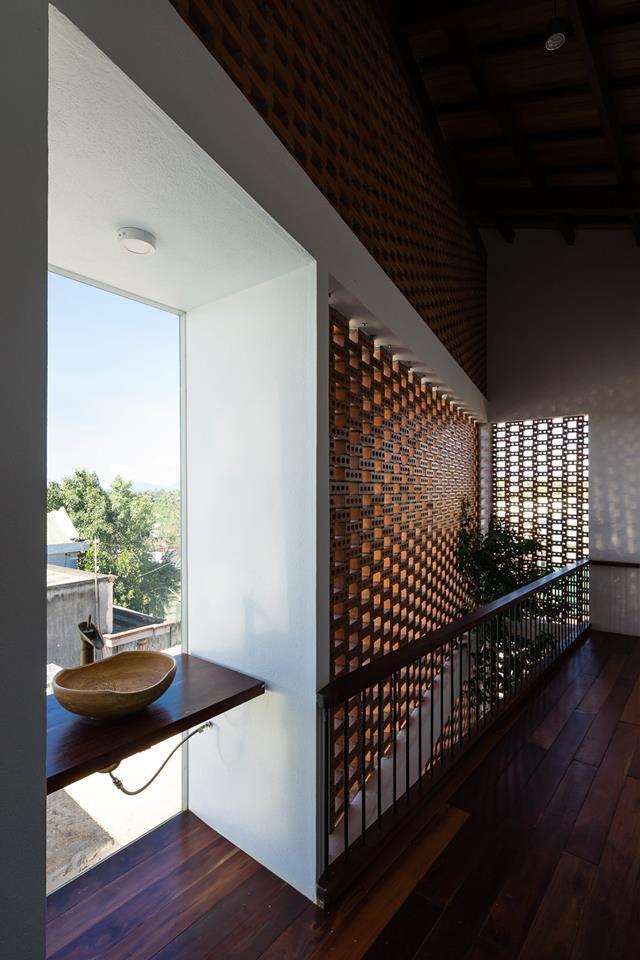 nha-dep-6-1531708744862699081403 Ngôi nhà mái ngói cấp 4 đẹp như resort khiến nhiều người ước mơ ở Lâm Đồng