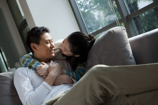 Câu thần chú khiến phụ nữ dễ mềm lòng mà đàn ông ngoại tình hay sử dụng nhất - Ảnh 1.