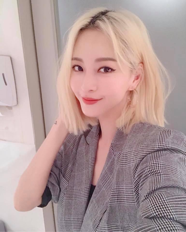 Ngoài nữ hoàng dao kéo Park Min Young, 4 nhan sắc thẩm mỹ này cũng được khen hết lời vì nhìn tự nhiên - Ảnh 14.