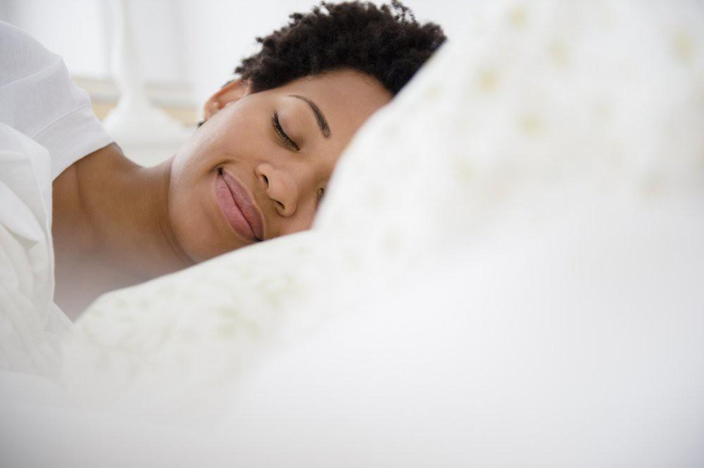 Mụn ở ngực cũng gây phiền toái chẳng kém các vùng khác và đây là 5 cách để ngăn ngừa, điều trị hiệu quả - Ảnh 5.