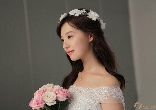 kim-ji-won-15318213313431733500125.jpg