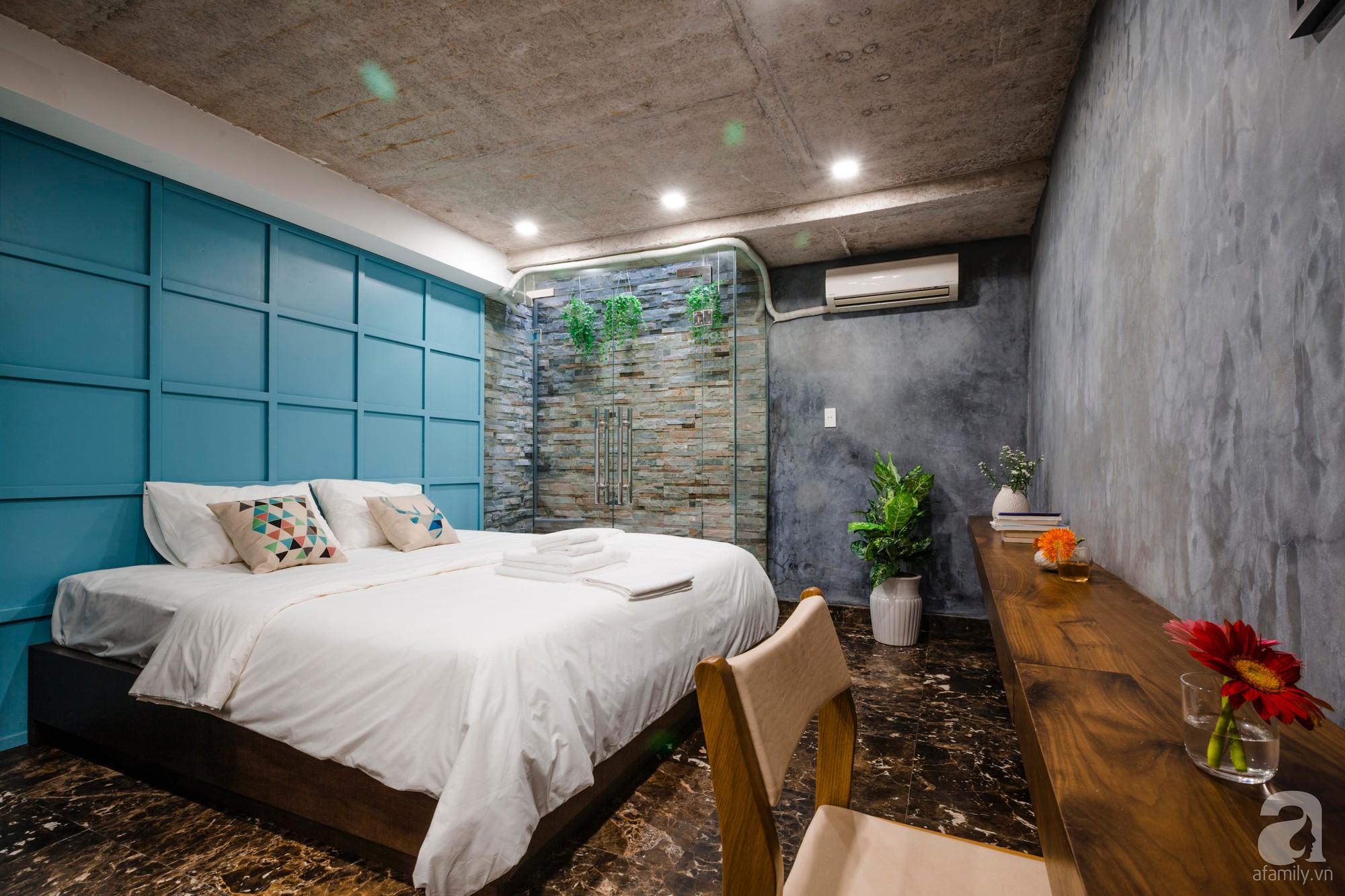 Căn hộ 55m² được cải tạo từ tầng hầm đẹp bất ngờ với điểm nhấn màu xanh biển mát lành ở TP HCM - Ảnh 11.