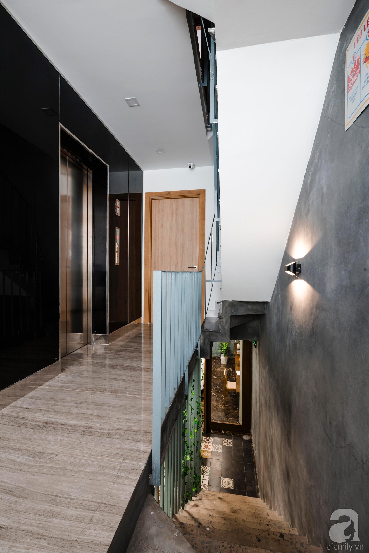 Căn hộ 55m² được cải tạo từ tầng hầm đẹp bất ngờ với điểm nhấn màu xanh biển mát lành ở TP HCM - Ảnh 8.