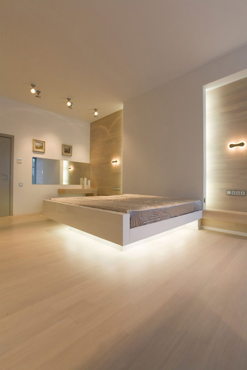 Có sự hỗ trợ của đèn led thì bộ giường ngủ đơn điệu của gia đình cũng trở nên thu hút đến bất ngờ - Ảnh 9.