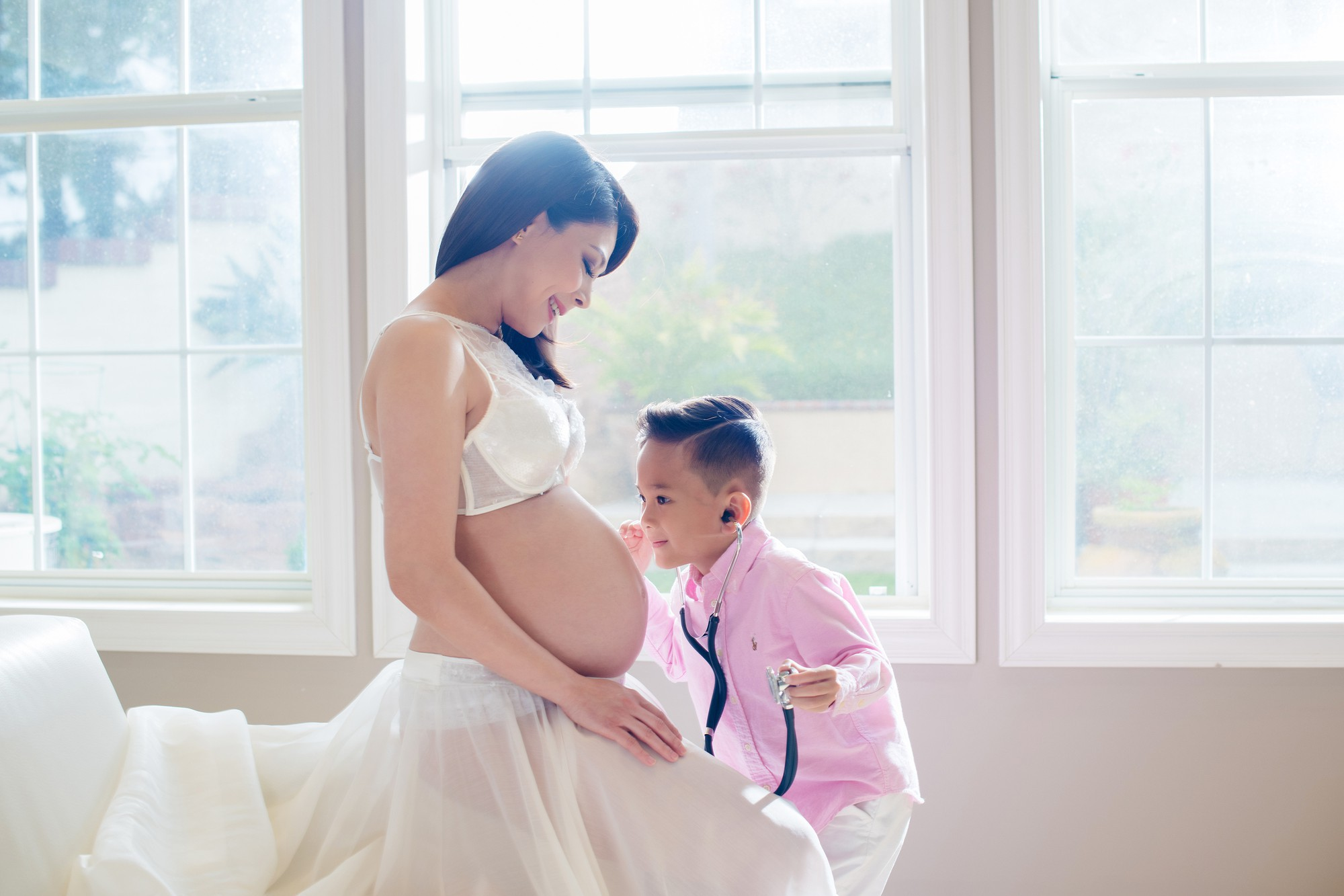 Ca sĩ Thanh Thảo vừa sinh con gái đầu lòng ở tuổi 41 - Ảnh 2.