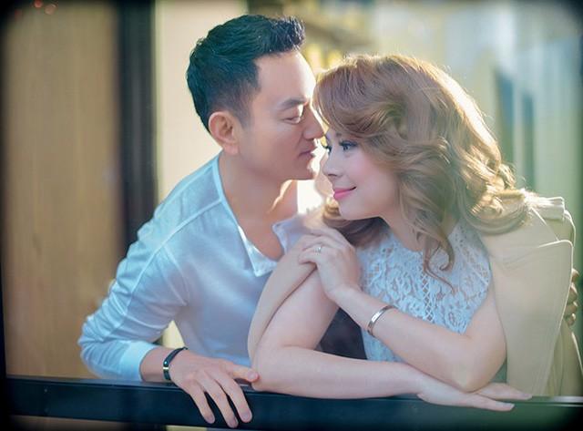 Ca sĩ Thanh Thảo vừa sinh con gái đầu lòng ở tuổi 41 - Ảnh 1.