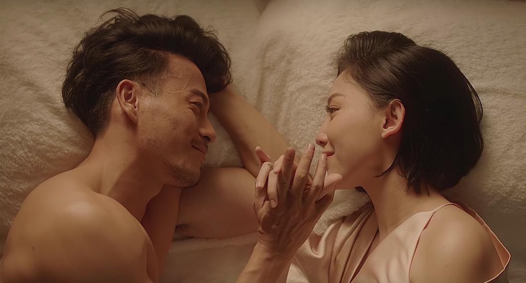 Trong MV thì làm Tóc Tiên khóc, ngoài đời thì NTK Trương Thanh Long lại làm tan chảy biết bao con tim - Ảnh 1.