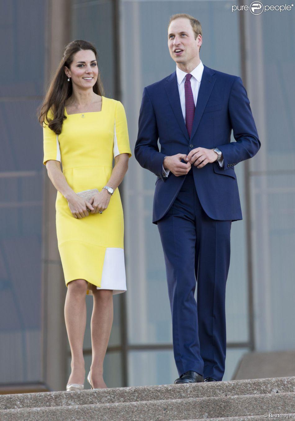 Mặc đẹp là thế, ai ngờ mẫu váy vàng rực rỡ này của Công nương Kate lại từng bị Hoàng tử William ví như 1 quả chuối - Ảnh 3.