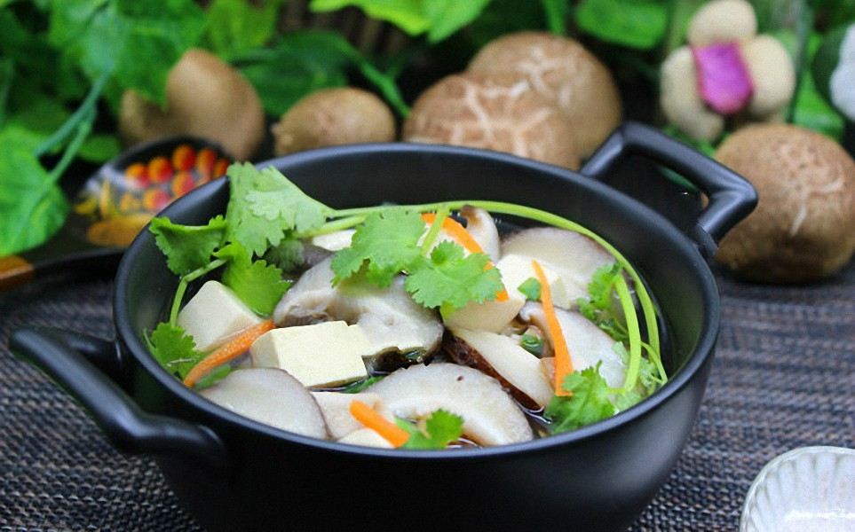 Với nguyên liệu chính là đậu hũ và nấm, bạn sẽ có ngay món canh mát lành ngọt thơm - Ảnh 6.