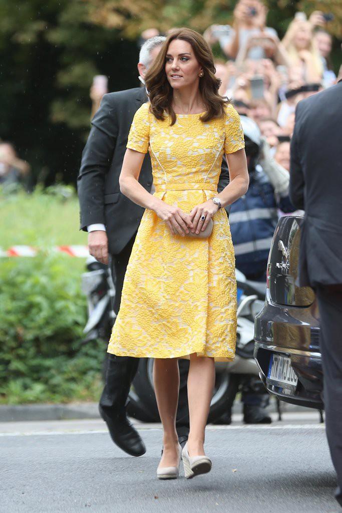 kate-middleton-yellow-jenny-packham-dress-germany