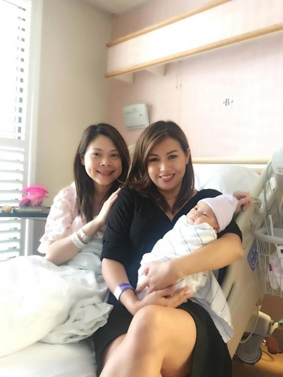 Những hình ảnh đầu tiên cực kỳ đáng yêu của con gái Thanh Thảo và chồng Việt kiều  - Ảnh 4.