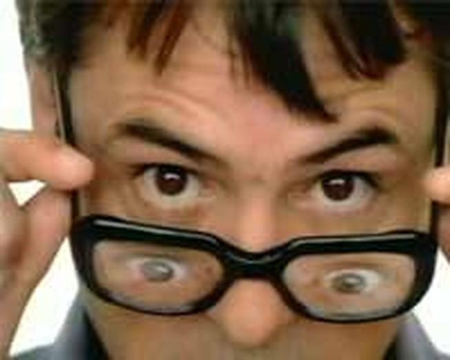 Dấu hiệu cảnh báo bệnh tật từ đôi mắt, phải đi khám ngay nếu không muốn mù lòa - Ảnh 4.