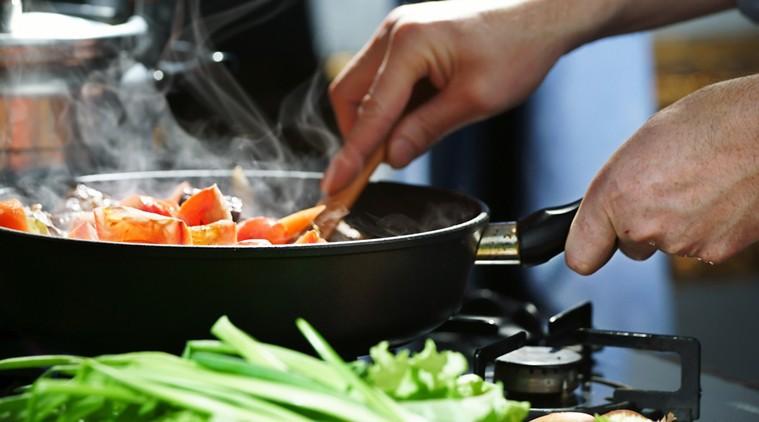 7 nguyên tắc đơn giản giúp phòng tránh ngộ độc thực phẩm trong mùa hè - Ảnh 4.