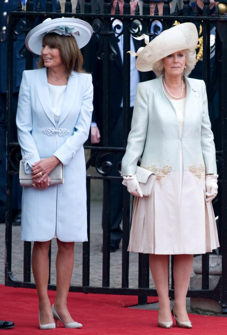 Ngắm nhìn phong cách của mẹ đẻ Công nương Kate mới biết sự thanh lịch, duyên dáng của cô đúng là được thừa hưởng từ mẹ mình - Ảnh 5.