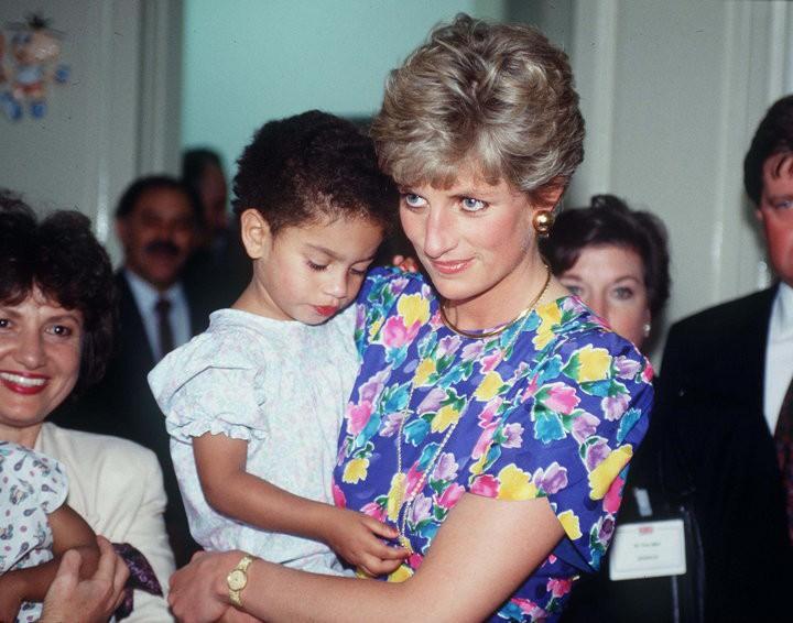Hoàng tử Harry dùng hành động cụ thể để thực hiện lời hứa với mẹ, tiếp tục niềm đam mê dở dang của Công nương Diana quá cố - Ảnh 1.
