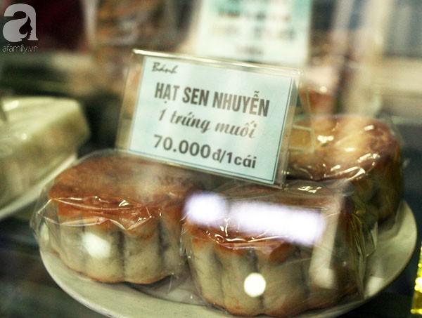 Trước Tết Trung thu 2 tháng, bánh cổ truyền Bảo Phương đã nhận cọc của khách hàng nghìn chiếc - Ảnh 2.