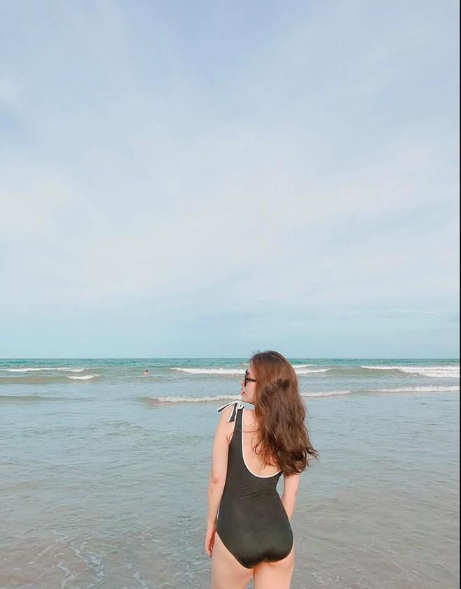 Vợ MC Thành Trung khoe vóc dáng nóng bỏng trên biển - Ảnh 5.