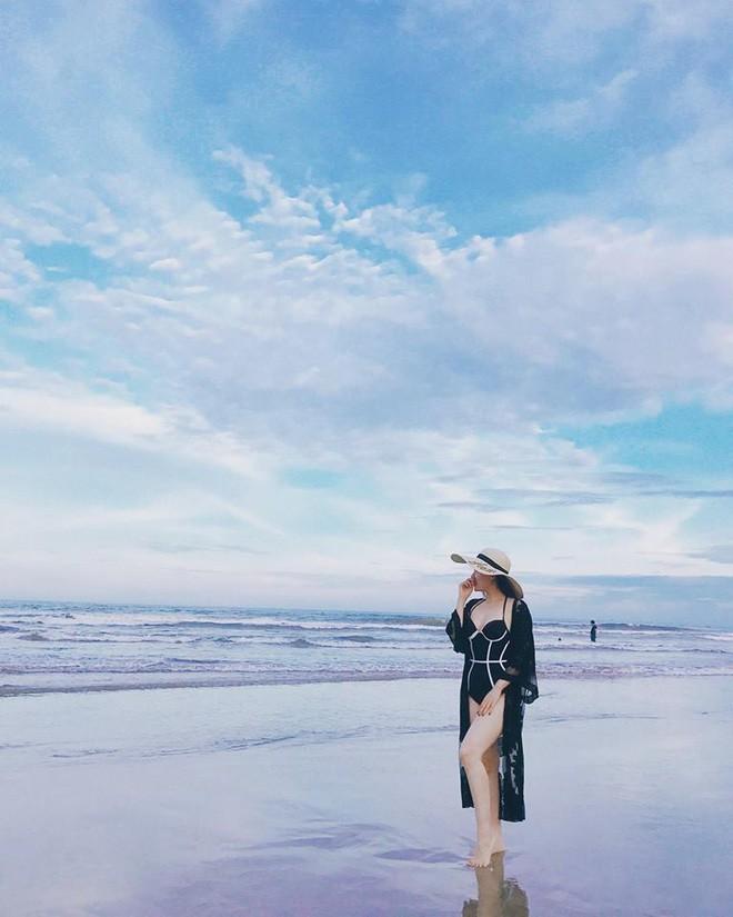 Vợ MC Thành Trung khoe vóc dáng nóng bỏng trên biển - Ảnh 7.