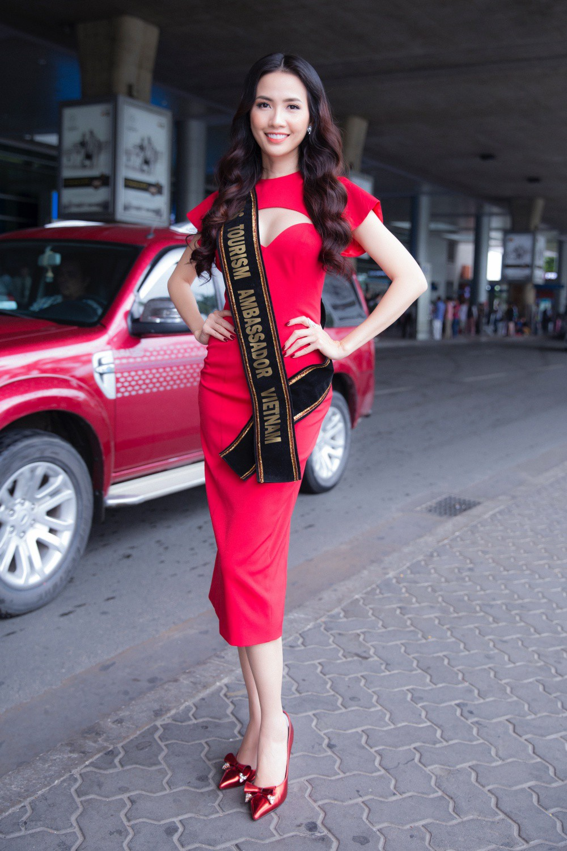 Phan Thị Mơ xinh đẹp ra sân bay đón dàn thí sinh Hoa hậu đại sứ du lịch thế giới - Ảnh 5.