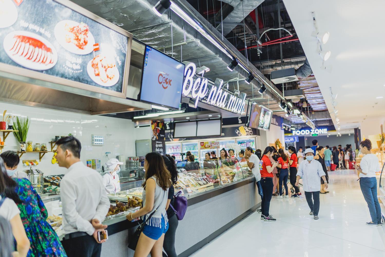 VinMart trong toà nhà cao nhất Việt Nam: khi siêu thị không chỉ đẹp, tiện lợi mà còn là sân chơi cho cả gia đình - Ảnh 3.