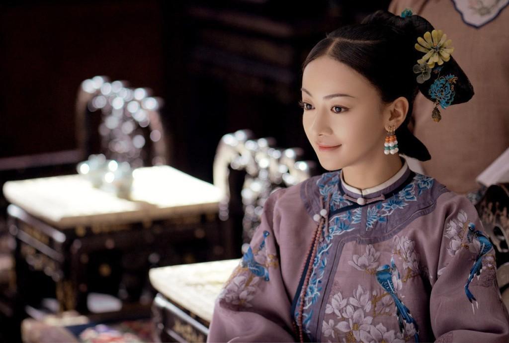 Cận cảnh nhan sắc đẹp - độc - lạ của Ngụy Anh Lạc Ngô Cẩn Ngôn trong drama hot 100 độ Diên Hi Công Lược - Ảnh 1.