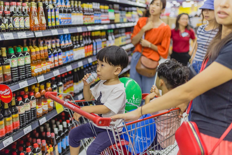 VinMart trong toà nhà cao nhất Việt Nam: khi siêu thị không chỉ đẹp, tiện lợi mà còn là sân chơi cho cả gia đình - Ảnh 12.