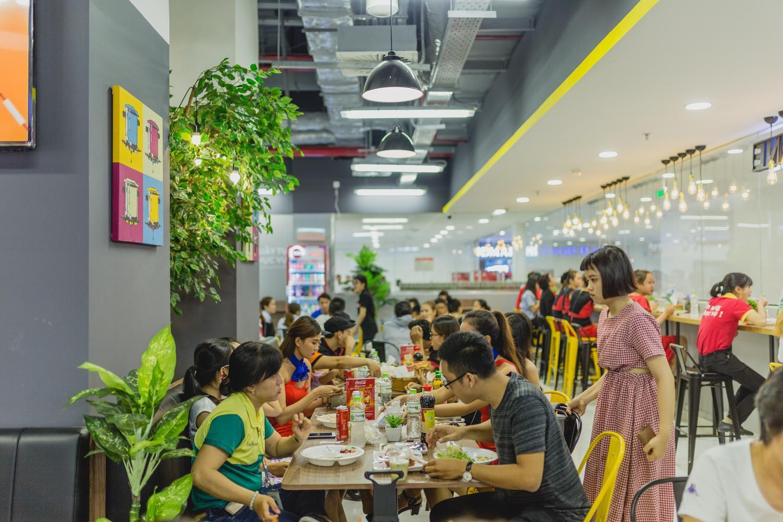 VinMart trong toà nhà cao nhất Việt Nam: khi siêu thị không chỉ đẹp, tiện lợi mà còn là sân chơi cho cả gia đình - Ảnh 6.