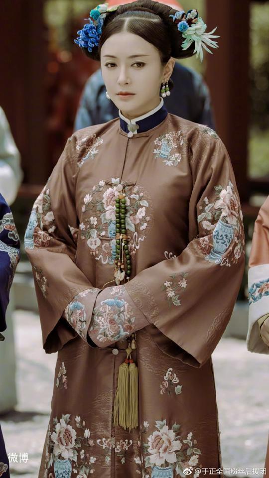 Hoàng hậu nhân từ trong Diên Hi Công Lược vướng nhiều nghi án thẩm mỹ để có được nhan sắc đẹp lộng lẫy ở tuổi 37 - Ảnh 4.