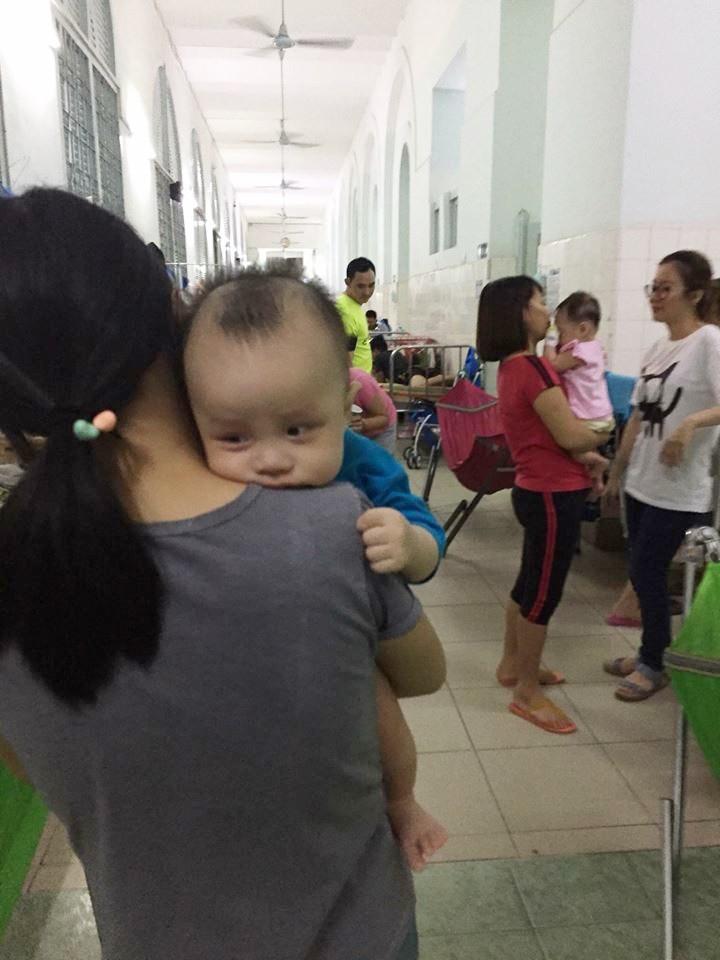 Câu chuyện mất con chỉ sau 5 ngày nhập viện - lời cảnh tỉnh các mẹ không được lơ là bất cứ dấu hiệu nào của bệnh - Ảnh 2.