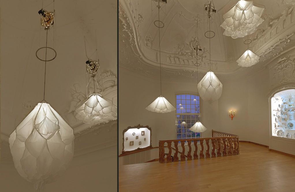 Đèn chùm đa năng giúp căn phòng nở hoa, khiến khách đến nhà trầm trồ không ngớt - Ảnh 3.