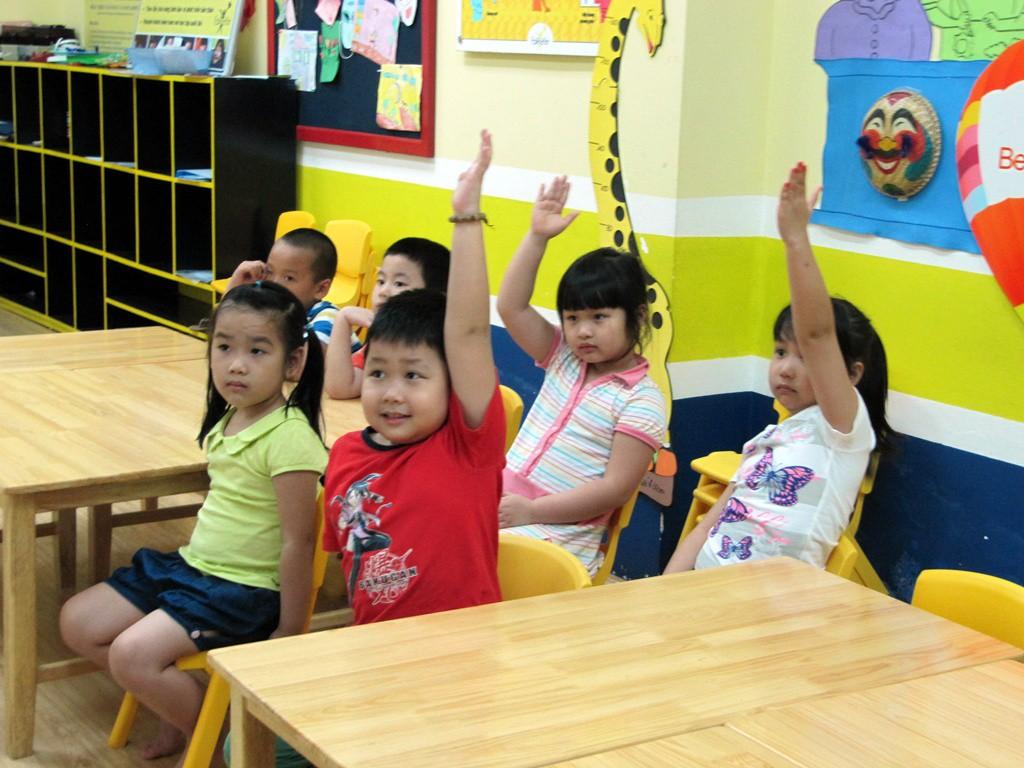 Muốn con vào lớp 1 tự tin, vững vàng, bố mẹ nhất định phải dạy trước cho con những kĩ năng này - Ảnh 3.