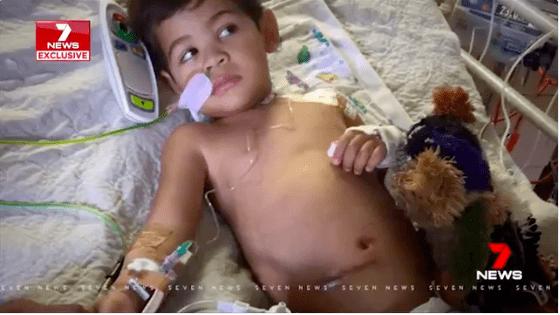 Ở nhà chơi với bà, bé trai 5 tuổi đột nhiên đau bụng dữ dội, cả nhà bất ngờ khi nhìn hậu quả trong ảnh chụp X-quang  - Ảnh 3.