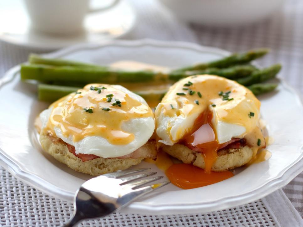 Khắp thế giới có muôn vàn cách biến hóa trứng thành những món ăn ngon tuyệt hảo, nhìn thôi đã thèm rỏ dãi - Ảnh 1.
