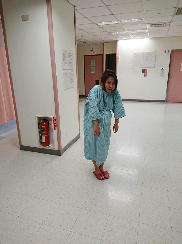 Mẹ Việt kể chuyện đi đẻ xấu như ma, vỡ ối... té cái bẹp, bác sỹ chưa kịp đỡ con đã rớt ra - Ảnh 1.