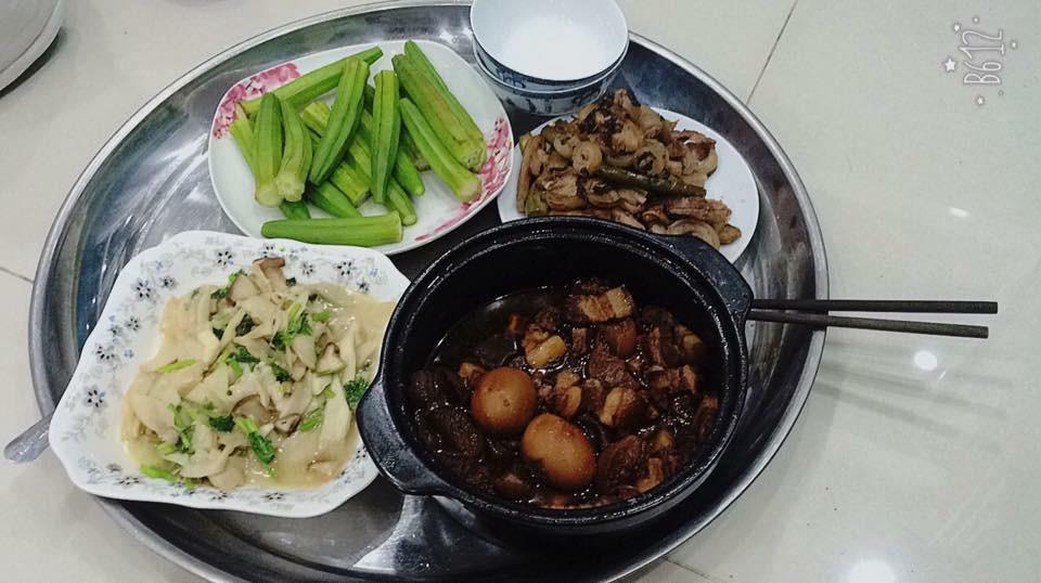 Giỏi bày vẽ được nhiều món, cô gái Hà Nội vẫn bị người Sài Gòn chê nấu ăn dở tệ nhưng câu chuyện đằng sau mới thật thú vị - Ảnh 2.