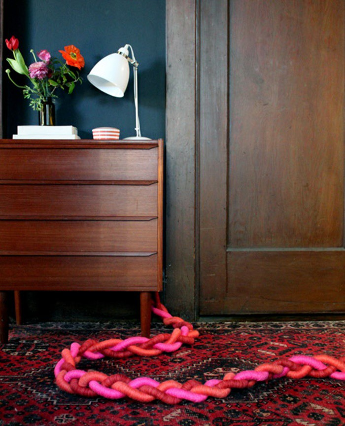 Vài mẹo đơn giản tinh tế giúp giấu hết đám dây điện rối tung vừa nguy hiểm vừa khiến nhà bạn kém sang - Ảnh 8.