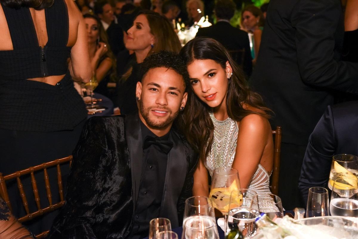 Điều ít biết về chuyện tình yêu 4 lần tan hợp của danh thủ Neymar và bạn gái được mệnh danh mỹ nhân quyến rũ nhất nhất hành tinh - Ảnh 5.