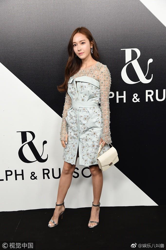 Jessica Jung khoe nhan sắc trong veo và gu thời trang đẳng cấp tại show diễn thời trang - Ảnh 9.
