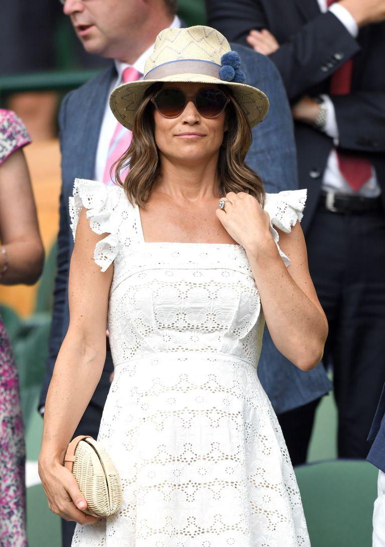 Chiếc clutch tay bằng cói chỉ hơn 700 ngàn có gì đặc biệt mà cả em dâu lẫn em gái của Công nương Kate đều mê  - Ảnh 5.