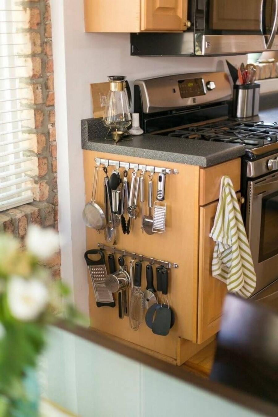 Muốn tủ bếp lúc nào cũng gọn gàng, ngăn nắp hãy tham khảo ngay những thiết kế lưu trữ đồ dùng làm bếp này - Ảnh 12.
