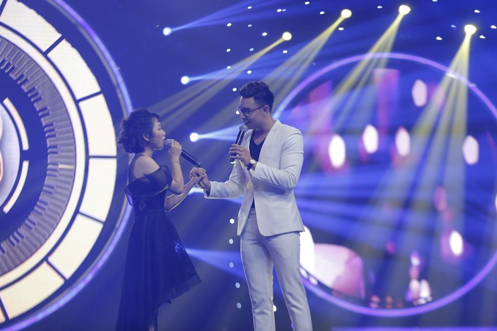 """Gà cưng Đông Nhi Han Sara hát live siêu đỉnh nhưng vẫn thua chủ nhân hit """"Ông bà anh"""" - Ảnh 9."""