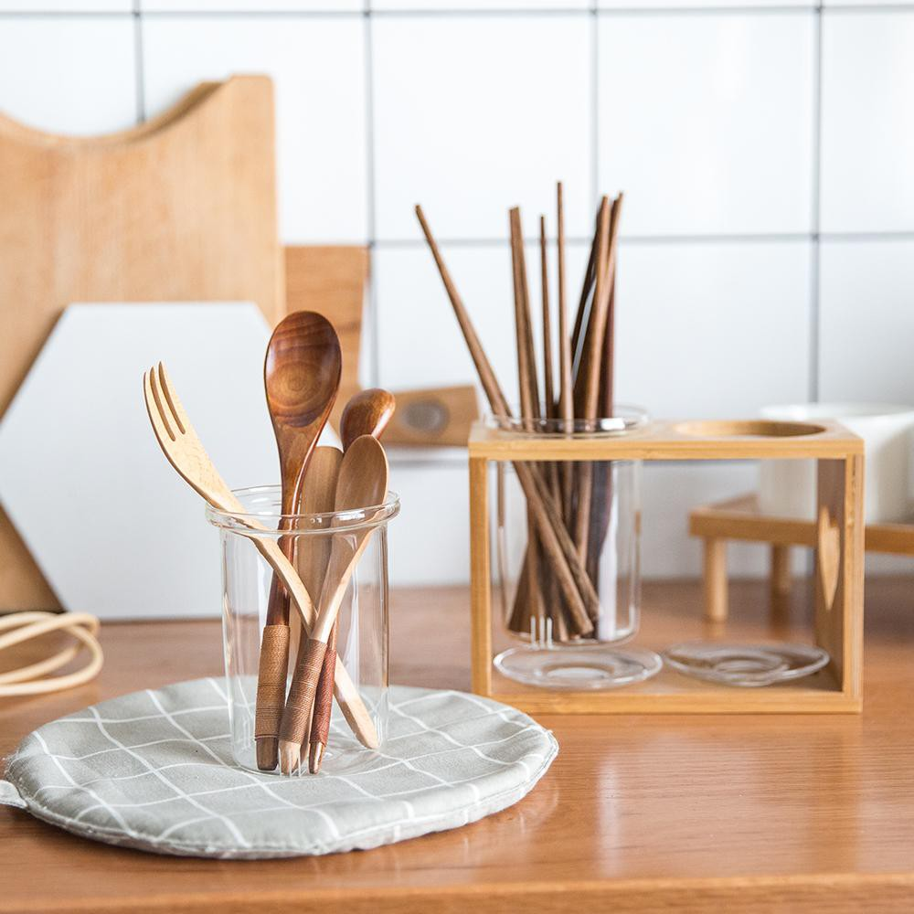 Những đồ dùng bằng gỗ nhỏ xinh thêm hương sắc cho bếp ăn nhà bạn - Ảnh 3.