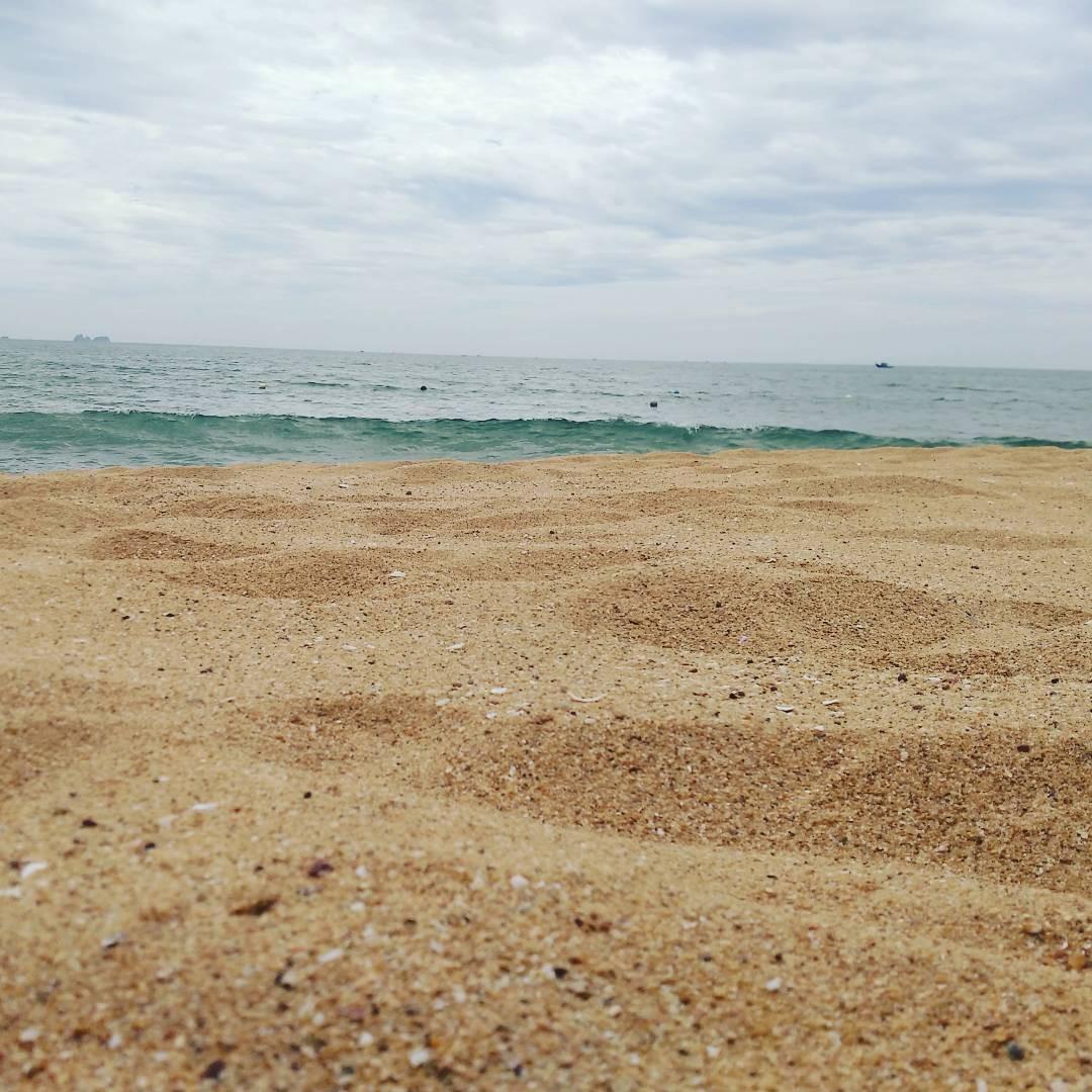 Không phải Sầm Sơn, Bãi Đông mới là bãi biển hot nhất Thanh Hóa, bạn nên đi ngay trước khi hết hè - Ảnh 2.