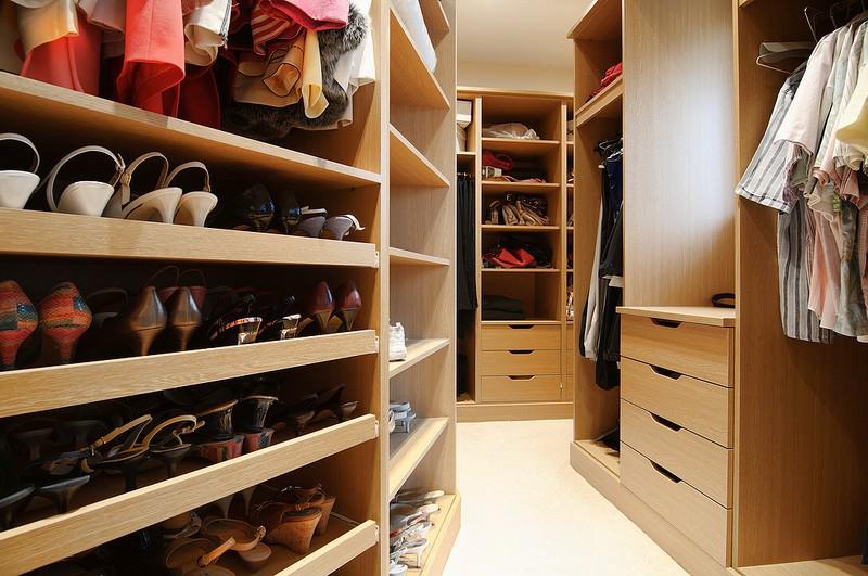 Chọn tủ quần áo đúng phong thủy cho nhà thịnh vượng, hạnh phúc bền lâu - Ảnh 5.