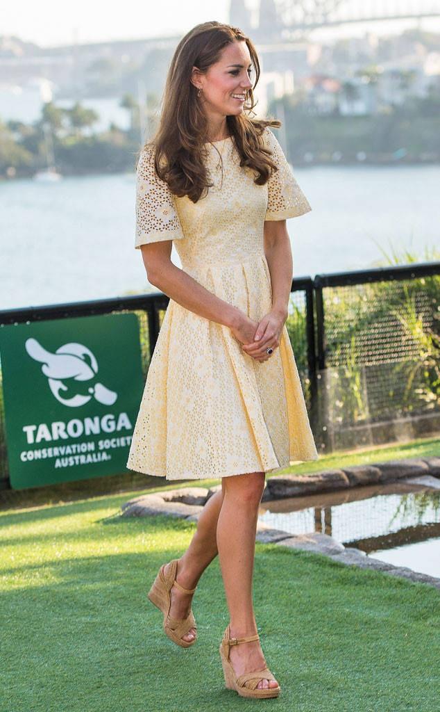 Chỉ cần Nữ hoàng Anh có mặt, công nương Kate Middleton sẽ không bao giờ đi kiểu giày này - Ảnh 7.