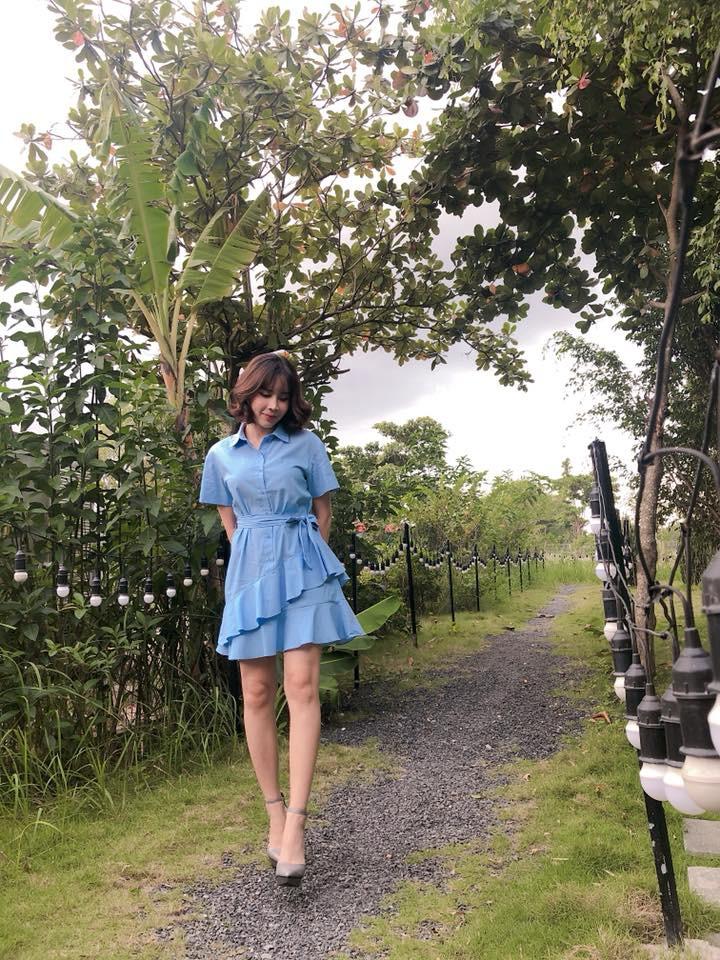 Nhìn xa tưởng bình thường, nhưng nhìn gần mới thấy được độ táo bạo của chiếc quần mà Angela Phương Trinh mặc  - Ảnh 22.