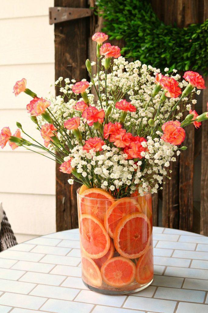 Những cách cắm hoa kèm quả cực ấn tượng để trang trí nhà vào những dịp đặc biệt - Ảnh 1.