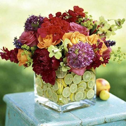 Những cách cắm hoa kèm quả cực ấn tượng để trang trí nhà vào những dịp đặc biệt - Ảnh 8.